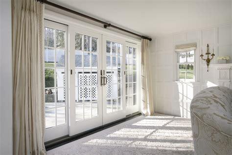 patio door desain rumah minimalis