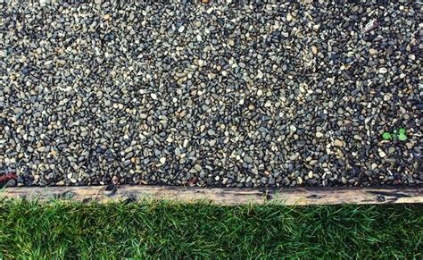 Best Place To Buy Gravel How To Make A Gravel Driveway Bob Vila