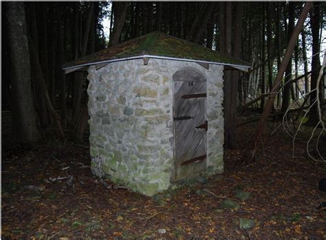 Building A Shed On Uneven Ground by Zekaria Build Shed R Uneven Ground