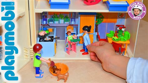 haus playmobil playmobil das mitnehm puppenhaus wird eingerichtet