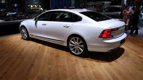 volvo new york auto show 2018 volvo s90 stretches out in new york