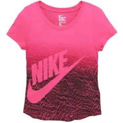 T Shirt Nike Sportsw Anime 71 best sports images on sporty activewear and blouses
