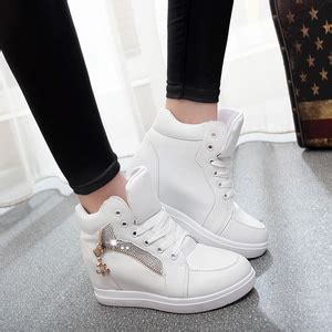 Sepatu Boots Merah Putih Wanita Cewek Cewe Boot Sekolah Olahraga Pesta sepatu sandal wanita ryn fashion