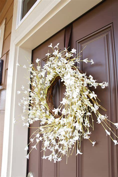 pretty dubs   hang  door wreath  nails