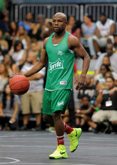 mayweather shoe collection celebs kicks at the bet sprite celeb game bieber snoop