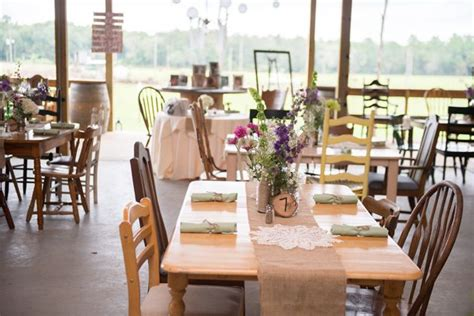 Casual Backyard Wedding Reception by 25 Best Ideas About Casual Outdoor Weddings On