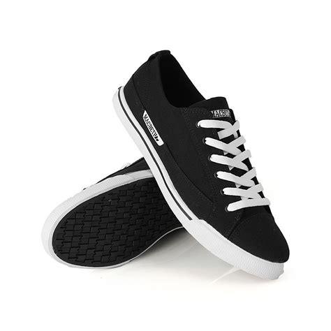 Harga Macbeth Matthew Black White macbeth matthew mens skate shoes black white
