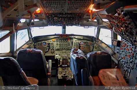 inside air one cockpit usa air boeing vc 137c 707 353b 62 6000 air