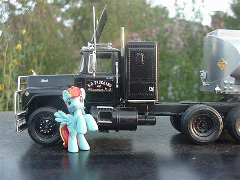 r l mack truck r d trucking inc by lonewolf3878 on deviantart