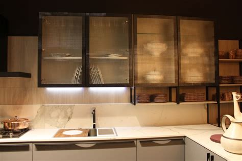 cabinet led lighting puts spotlight kitchen counter