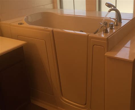 bathtub refinishing columbus ohio ohio walk in tubs before and after oh walk in bathtubs