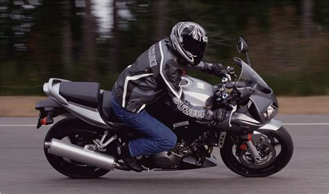 Suzuki Sv 1000 Top Speed 2007 Suzuki Sv1000s Motorcycle Review Top Speed