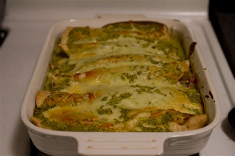 top 28 what is suiza sauce enchiladas suizas recipe dishmaps enchiladas suizas with