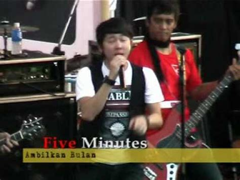 download mp3 five minutes ambilkan bulan five minutes live perform smanela lawang 06 ambilkan
