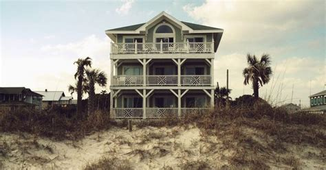affordable dream homes affordable dream house top 10 beach towns for foreclosed