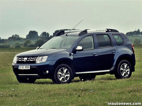 renault duster 4x4 2015 comparison dacia duster 2015 4x2 vs holden captiva 7