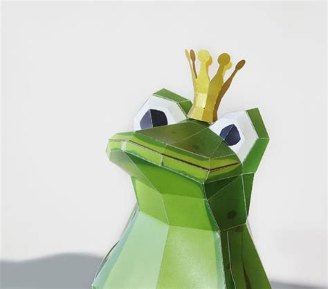Papercraft Crown - 46 best once upon a time the frog prince images on