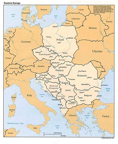 la centrale europea political map showing countries and regions of central and