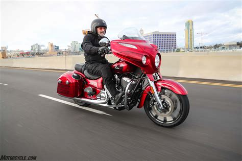 [motorcycle.com]   2017 Indian Chieftain Elite and