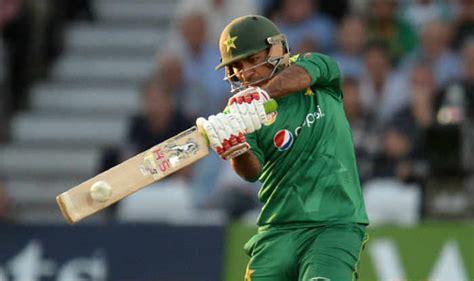 we are going through tough times pakistan s new captain