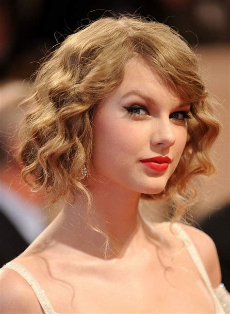 hairstyles semi curls short semi curly hairstyles