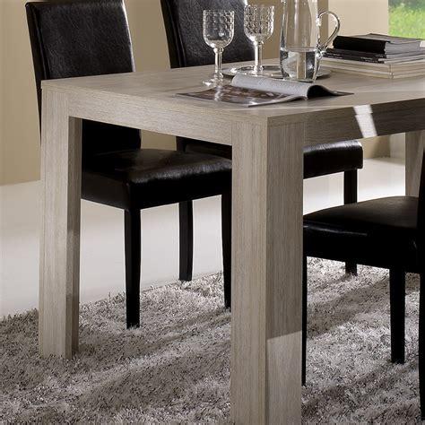 tables contemporaines salle manger table contemporaine chene clair