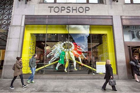 The Topshop Advantage by Rihanna Sues Topshop For 163 3million After Fashion Chain