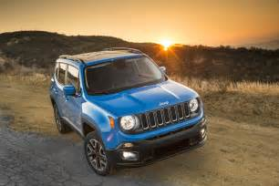 Jeep Renagade 2015 Jeep Renegade Latitude Front End 02 Photo 22