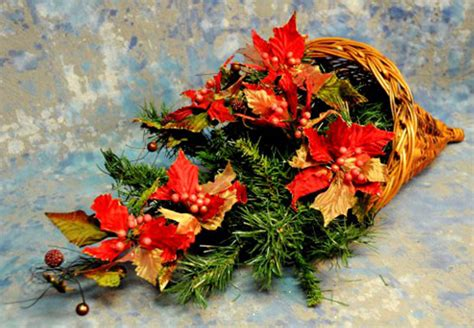fiori di bacche a cosa servono come fare la cornucopia di natale pollicegreen