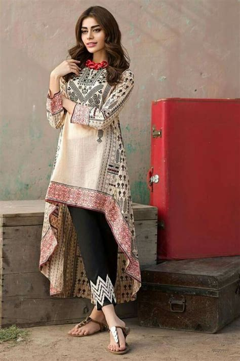 Latest Outfits | latest casual daylight kurta designs for trendy girls