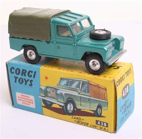land rover corgi corgi toys 438 land rover 109 wb metallic green olive