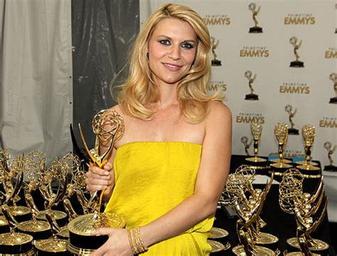 claire danes wins emmy homeland secures emmy for outstanding drama series world