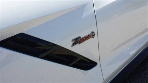 c7 corvette emblem c7 corvette stingray 2014 z51 airbrushed fender emblems