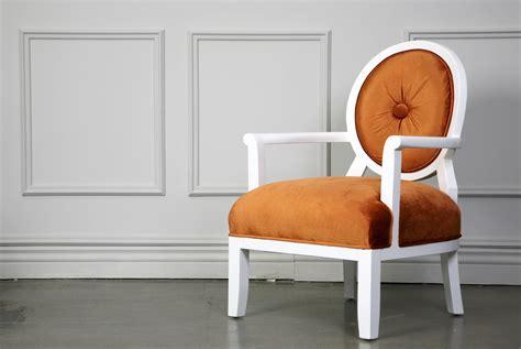 Pretty Recliners by Front Door Feel Home Design