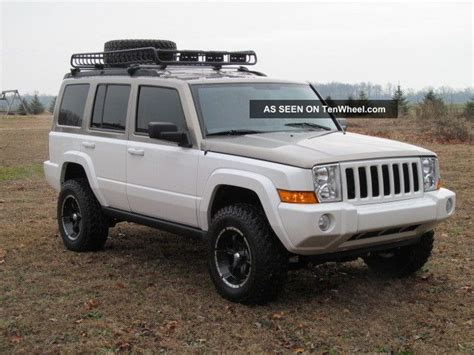 jeep commander silver lifted lifted jeep commander 2006 jeep commander custom lifted