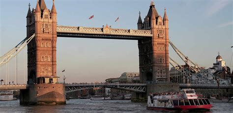 thames river cruise hours london pass sparkling 2 hour river thames evening cruise in london