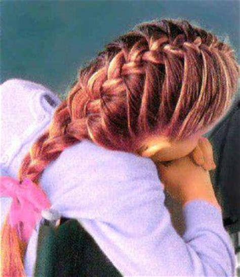 la tresse littrature franaise coiffure n 186 6 la tresse paysanne ou tresse fran 231 aise astuces de filles