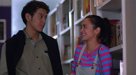 download film magic hour dimas anggara michelle ziudith adegan mesra film magic hour michelle ziudith dan dimas