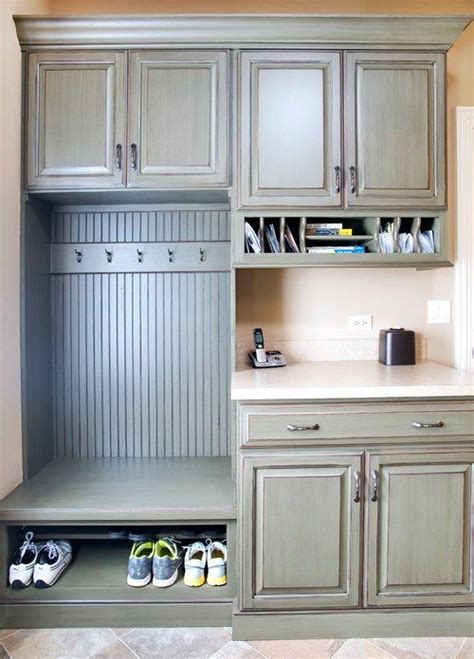 drop in laundry room 25 best ideas about drop zone on pinterest mudroom