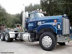 Dodge Semi Trucks Dodge Bighorn Cool Trucks