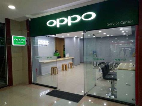 Headset Oppo Di Service Center oppo opens 1st service centre at city center new business age monthly business magazine in