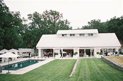 nudo wedding venue barn wedding venues rustic barn wedding 100 layer cake