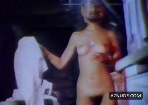 Stephanie Edmonds  nackt
