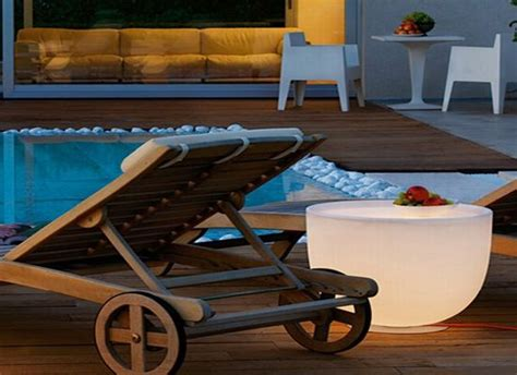 light up outdoor furniture modoluce s illuminated furniture combines seating with lighting hometone