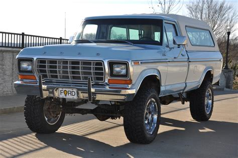 Ford F250 4x4 by 1979 Ford F250 4x4