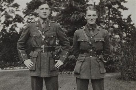 ww1 in wales the forgotten discovered the lost photos of welsh first world war hero david cuthbert thomas who inspired