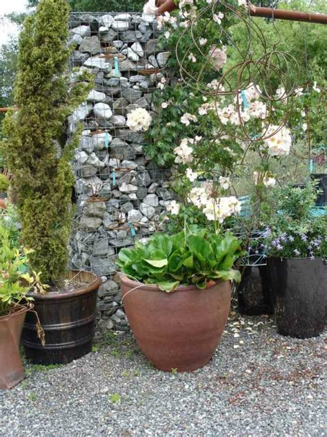 decorar jardines pequeños con piedras decoracion de piedras para jardin fabulous aqu vemos un