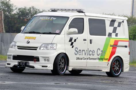 Spion Mobil Gran Max dumasari service car grand max 2012