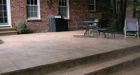 placing  concrete    decorative concrete