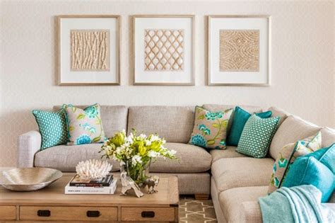 Turquoise Pillows Living Room How The Splash Of Turquoise Lifts The Cushions From
